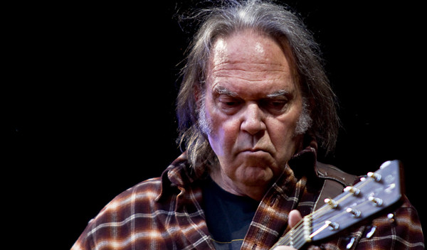Neil_Young_streaming