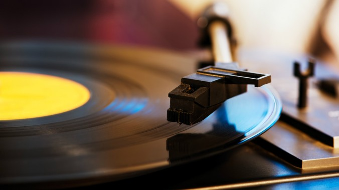 Vinyl-Main