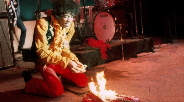 hendrix_-sets-the-guitar-on-fire-monterey-pop-festivaljpg